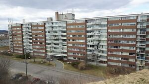 $895 Heat/Hot Water Included ! Large 2 Bdrm, Fort Howe Suites !