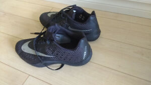 Nike Hyperlive basketball shoes