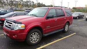 2008 Ford Expedition XLT SUV, Crossover