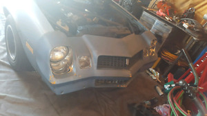 1981 camaro for sale. 3000$ for just the car or 3500$ with motor