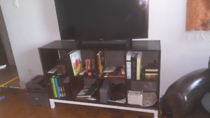 Like new TV bench entertainment unit for sale