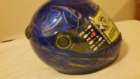 Casque moto à vendre - Motorcycle helmet – NEW - NOUVEAU