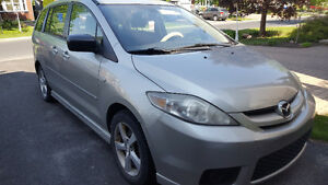 Mazda 5 2006 pour 7 passagers