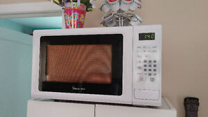 2 microwaves for sale