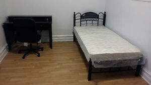 1 all included room ,5 minutes to Lasalle metro