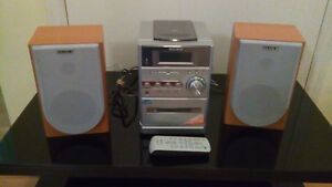 Reduced again!SONY stereo am/fm/CD/mp3/tape/remote London Ontario image 1