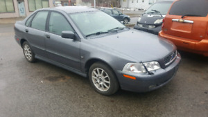 2003 Volvo S40 Saftied or as is