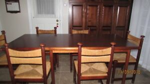 Antique Birds Eye Maple Dining Room/Kitchen Table and Chairs