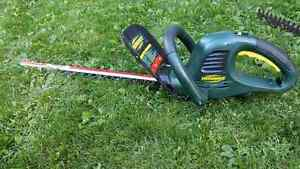 Yardworks Hedge Trimmer SOLD