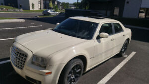 Chrysler 300 touring V6 negociable