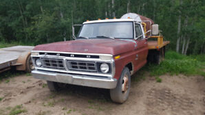1975 Ford F350 1 Ton Dually $2000.00