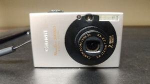 Canon Powershot SD 1000 7.1 MP Digital Camera