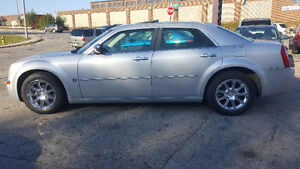2007 Chrysler 300-Series 5.7L HEMI Sedan - LOW KM! MINT! Kitchener / Waterloo Kitchener Area image 2