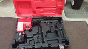 Milwaukee M18 Battery and Dual Voltage Charger