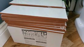 1.6SQM NEW Blanco Liso Brillo Tiles
