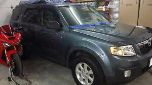 REDUCED!! 2011 Mazda Tribute SUV, MINT +Extras, Only 54,700kms!!