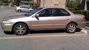 HONDA  ACCORD 2001 FOR SALE PRICE REDUCED FROM 2900 TO 2450 $