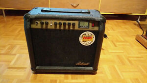 Guitar amp barely used, like new