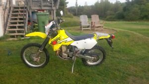 Suzuki DRZ 400S.DualSport Low KM!