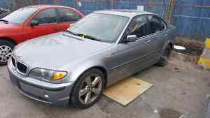 Bmw e46 2005 325i parts out only !