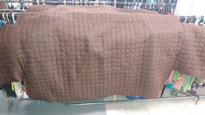 Couch cover (throw not fitted)
