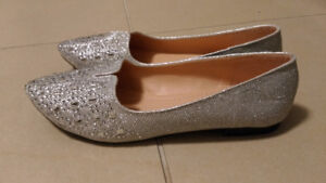 Silver Shiny Point Toes Bling White Diamonds Stones Shoes Flats