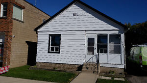 2 bedroom bungalow house - Private Sale