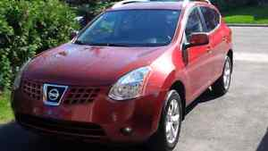 Fully Loaded Nissan Rogue SL AWD 2009 - 158,000km
