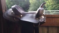 "15"" western saddle (sell or trade)"
