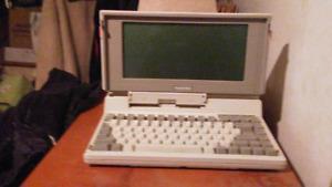 Vintage laptop Toshiba 1100 plus