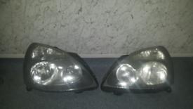Renault clio mk2 phaze 2 pair headlights