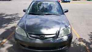 Honda civic 2005 a vendre tres bon etat !!