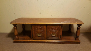 For sale coffee table and side table