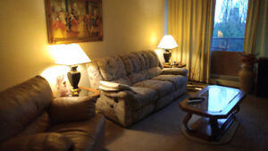 SHARED LARGE 3 BEDROOM FURNISHED APARTMENT