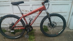 "Specialized P3 dirt jumper 16"" frame hydraulic brakes 27spd $495"