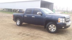 Selling 2008 Chevrolet