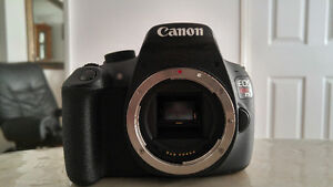 Canon EOS Rebel T5 DSLR Camera with many extra lenses
