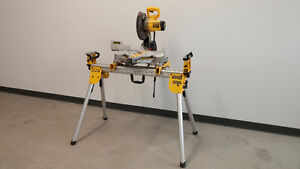 """Dewalt 10"""" Miter Saw with Stand / Scie à onglets avec support"""