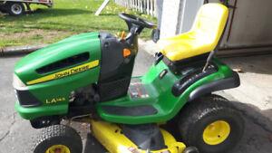 tracteur john deere LA145
