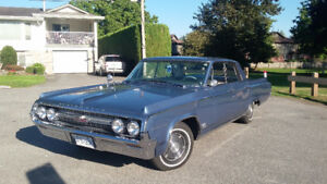 1964 Oldsmobile Eighty-Eight Sedan 4dr H/t
