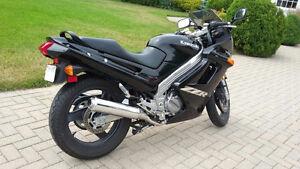 2005 Kawasaki ZZR Ninja 250cm3. Mileage less than 9000km