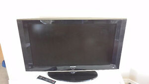 """42"""" Samsung TV - Works Perfectly - Includes Remote"""