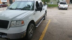 REDUCED LOW KM 2005 Ford F-150 SuperCrew XLT Pickup Truck