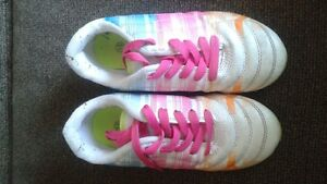 Girls size 13 soccer cleat