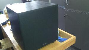 Monoprice 108248 8-Inch 60-Watt Powered Subwoofer