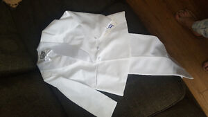 NWT Size 14 White Suite suitable for Holy Communion