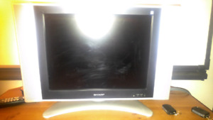 """20"""" sharp tv and mount"""