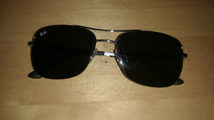 Ray Ban Sunglasses like new, no scratches