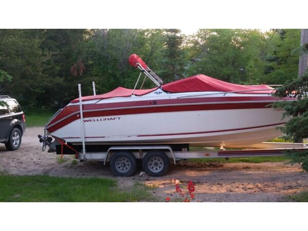 1995 Wellcraft Marine Corp Eclipse 232