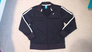 Old Navy boys active jacket, Size M (8)